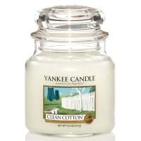 Świeca średnia Yankee Candle Clean Cotton