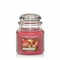 Świeca średnia Yankee Candle Home Sweet Home
