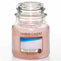 Świeca średnia Yankee Candle Pink Sands