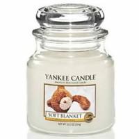 Świeca średnia Yankee Candle Soft Blanket