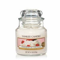 Świeca mała Yankee Candle Strawberry Buttercream