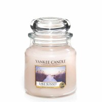 Świeca średnia Yankee Candle Lake Sunset