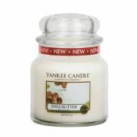 Świeca średnia Shea Butter Yankee Candle