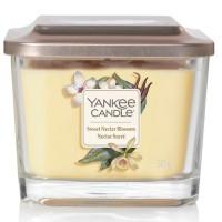 Świeca średnia z 3- knotami Sweet Nectar Blossom Yankee Candle