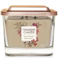 Świeca średnia z 3- knotami Velvet Woods Yankee Candle